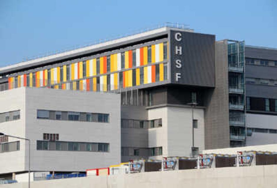 Hôpital Sud-Francilien : La grande pompe ne peut cacher la misère.