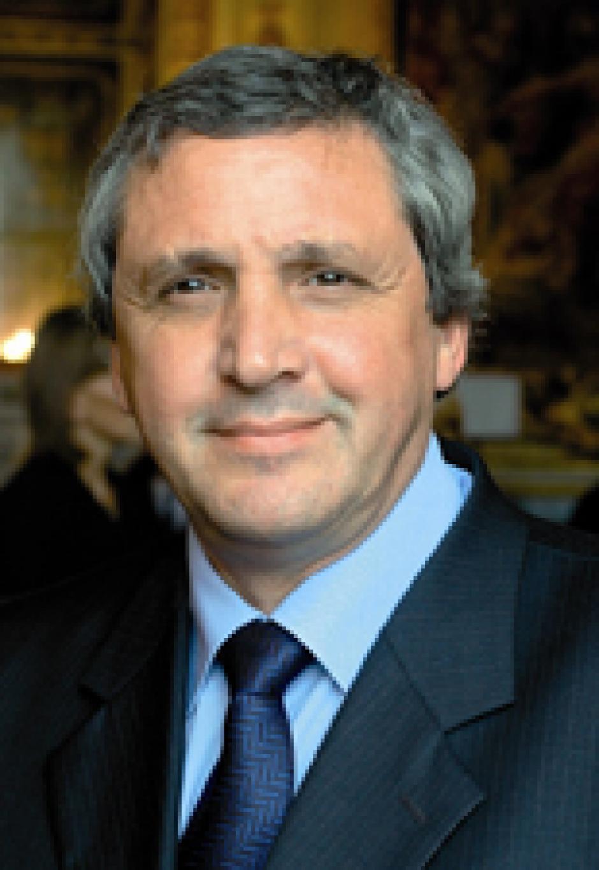 Bernard VERA
