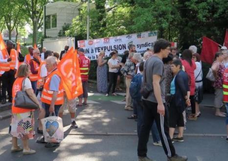 Les syndicats résistent contre le déménagement de leur Bourse du Travail